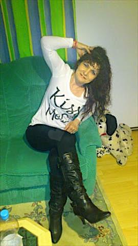 Ylenia (29) aus dem Kanton Basel-Land