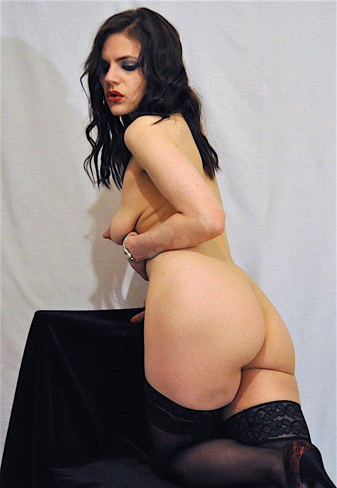 Zoe29